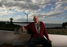 Австралиец спас жизнь почти 200 самоубийцам